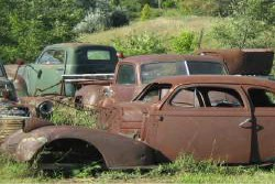 oilgard_rusted_cars